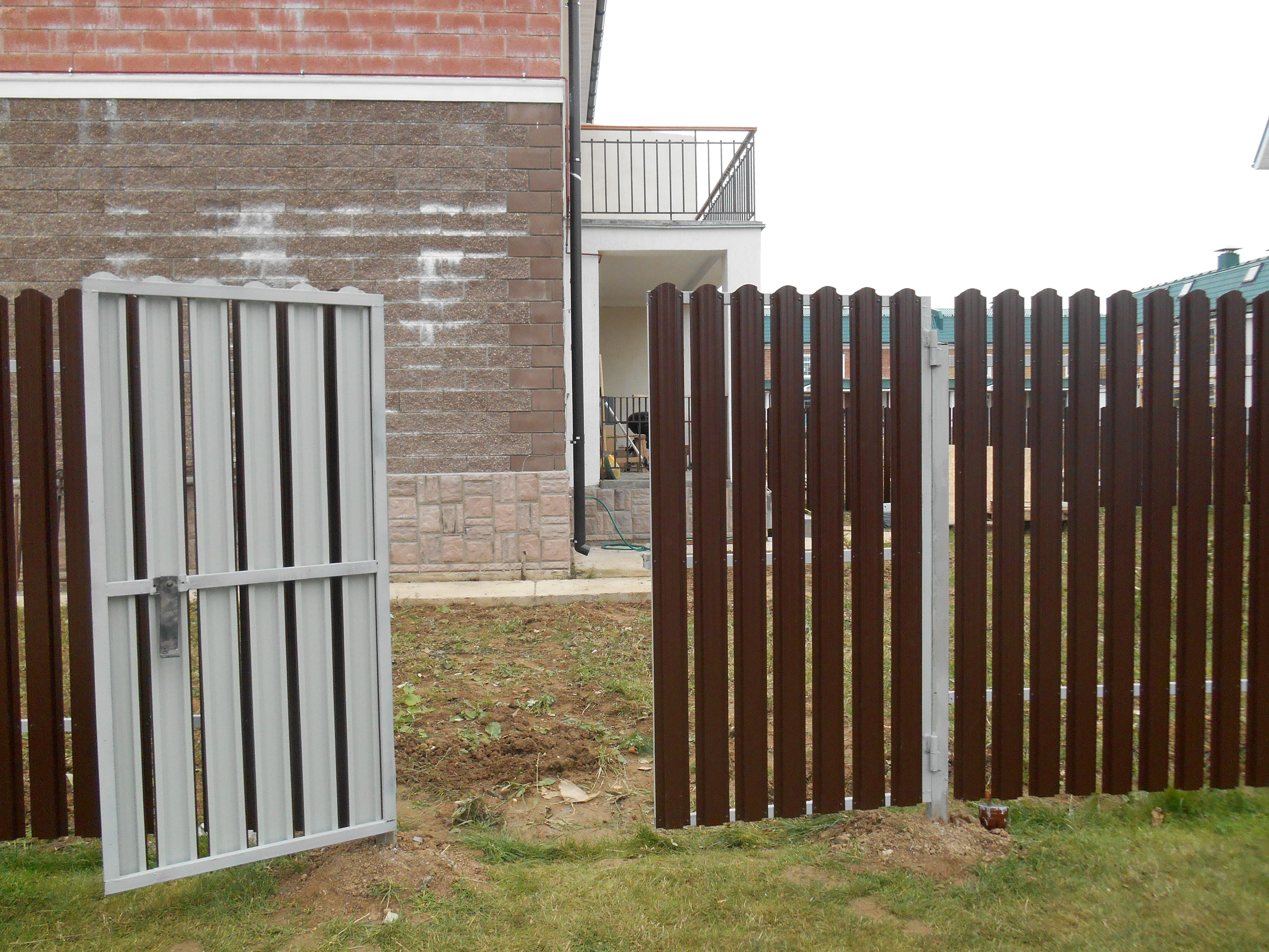 Забор для дачи из штакетника своими руками фото 462